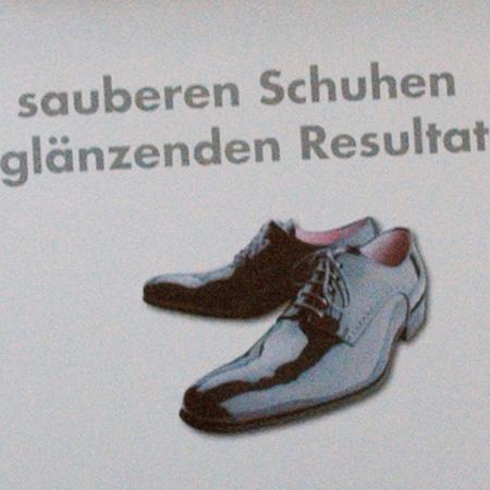 4B Fenster AG – 3D-Mailing Schuhputzer